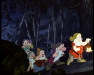 Snow_white_1937_trailer_screenshot_(1)