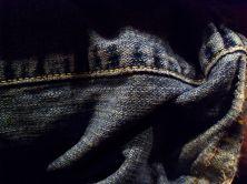 Denim_jeans_wrinkled